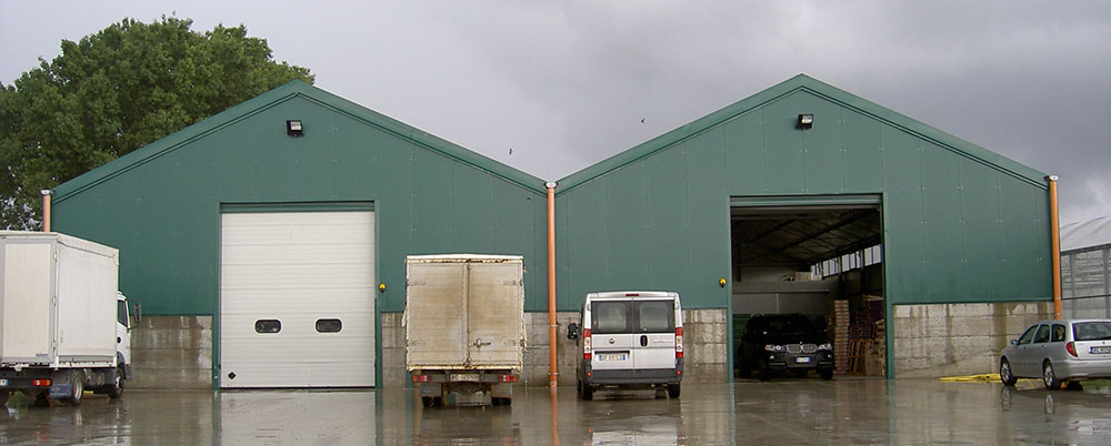 Warehouse with PW-15 wide-span greenhouse model